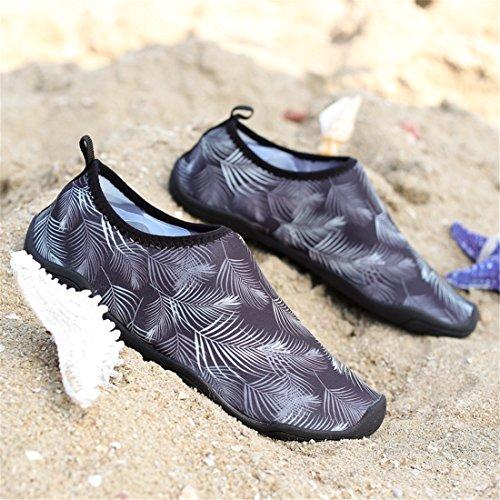 Cool&D Unisex Aquaschuhe Aqua Schuhe Atmungsaktiv Strandschuhe Schwimmschuhe Badeschuhe Wasserschuhe Surfschuhe für Damen Herren Kinder Grau