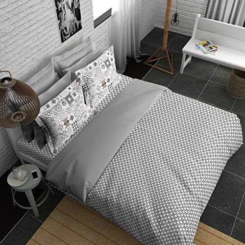 Boutique Living India 210Tc Grey, White King Size Cotton Printed with 2 Pillow Cover Bedsheet Set-(274cm x 274cm) Offbeat - Buy Online Bedsheet