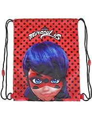 PERLETTI Sac de Gym Fille Miraculous - Sac à Dos Cordon Ladybug Imperméable - Poches de Gym Lady Bug pour Chaussures de Voyage - Rouge à Pois Noir - 38x31 cm