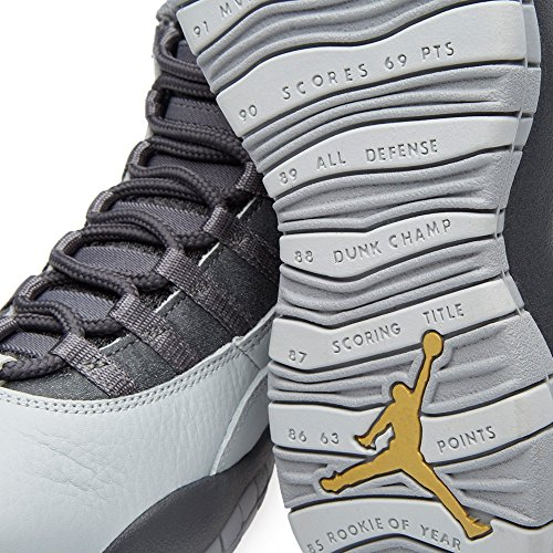 Nike Air Jordan Retro 10, Chaussures de Sport-Basketball Homme, Gris pr pltnm/mtllc gld-drk gry-cl