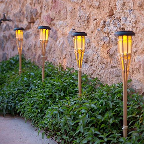 Lights4fun Conjunto de 2 antorchas LED solares de jardín de bambú de...