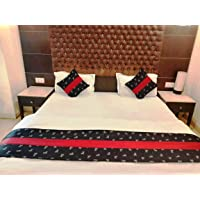 MKS INDIA Cotton Bed Runner with 2 Cushion Covers (Standard, Red and Black)