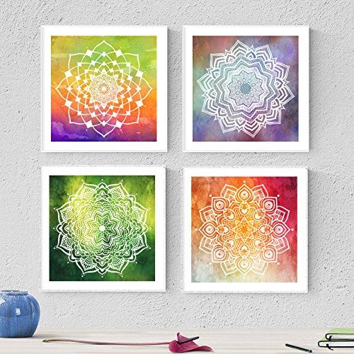 PACK von Blättern, um TENACITY zu gestalten. Quadratische Poster mit Bildern von Mandalas. Inneneinrichtung. Rahmen zum Rahmen. Papier 250 Gramm hohe Qualität