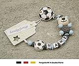 Baby SCHNULLERKETTE mit NAMEN   Schnullerhalter mit Wunschnamen - Jungen Motiv Bär und Fussball in grau