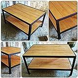 Table basse industrielle alliant métal et bois
