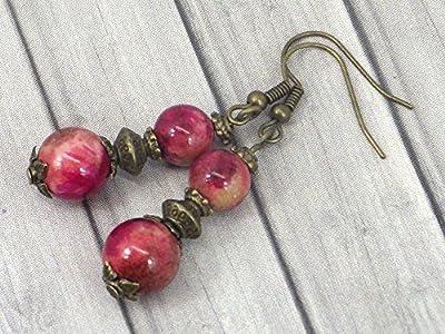 Boucles d'oreilles pendantes en bronze avec perles de jade blanc teinté en rouge