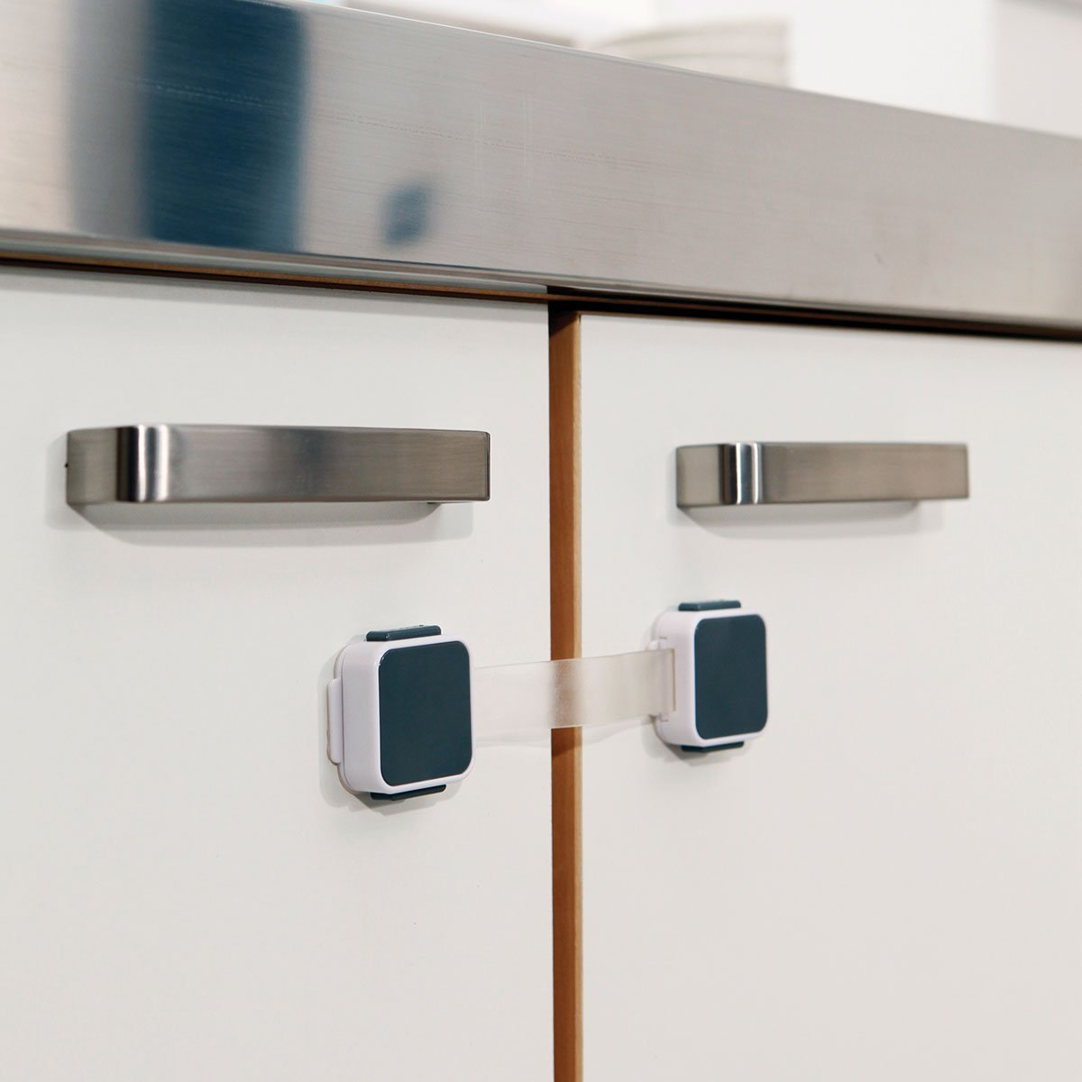 Lindam Baby Locking Dual Latch Lock Ultimate Safety Xtra Guard Multi Purpose
