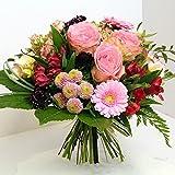 Blumenstrauß Versenden - Unser frischer Blumenstrauß *Süße Verführung* besteht aus Großköpfigen Rosen, Gerberas und andere Schnittblumen,wir versenden mit einer Wasserversorgung Size 40 Euro