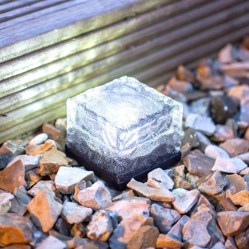 4er-set-led-solar-glas-pflastersteine-wegbeleuchtung-weiss-klein-lights4fun