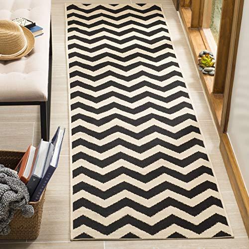 Safavieh Chevron Stripe-Teppich für Innen und Außen, CY6244, Gewebter Polypropylen Läufer, Schwarz/Beige, 62 x 240 cm (Chevron Läufer Teppich Schwarz)