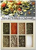 Pasta mit Wildlachs – 8 Gewürze Set für breite Nudeln mit Wildlachs in Safransoße (43g) – in einem schönen Holzkästchen – mit Rezept und Einkaufsliste – Geschenkidee für Feinschmecker von Feuer & Glas