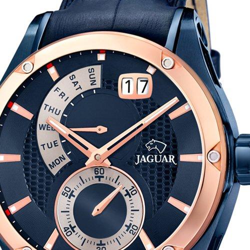 uno de los relojes jaguar