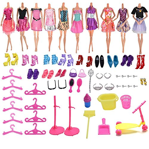 37YIMU 10 pcs un paquete ropa de muñeca Barbie + 100pcs diferentes accesorios de Barbie zapatos gafas collar de espejo de la corona para la muñeca Barbie