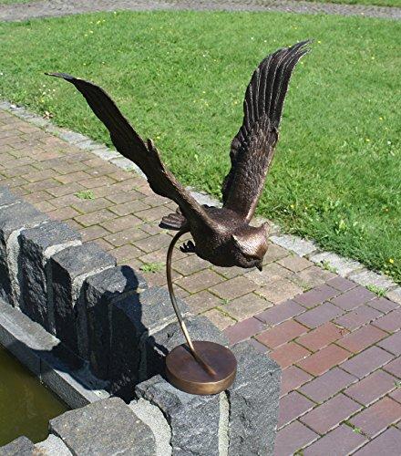 H. Packmor GmbH Sehr schöner Bronzeskulptur einer Eule mit Standfuß aus Bronze gefertigt.