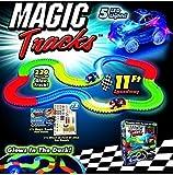 Magic Traks Pista da Corsa per Auto si illumina al buio con 220 pezzi e 1 macchinina immagine