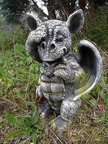 Baby Dragon Figure Gargoyle is schämt