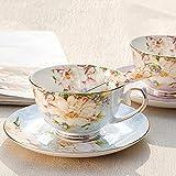 Teeset aus feinstem Porzellan mit Goldrand im alten Stil, bestehend aus Tasse, Untertasse und Löffel mit Geschenkverpackung; Tischkultur und Tischdekoration blau/rosa