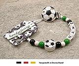 Baby SCHNULLERKETTE mit NAMEN | Motiv Fussball in Vereinsfarben - schwarz, weiß, grün