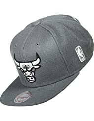 B&W Team Base Bulls Cap Mitchell & Ness baseball cap casquette