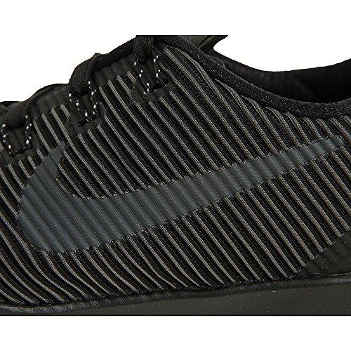Nike Free Train Versatility, Chaussures de Fitness Homme Noir / Noir-Blanc