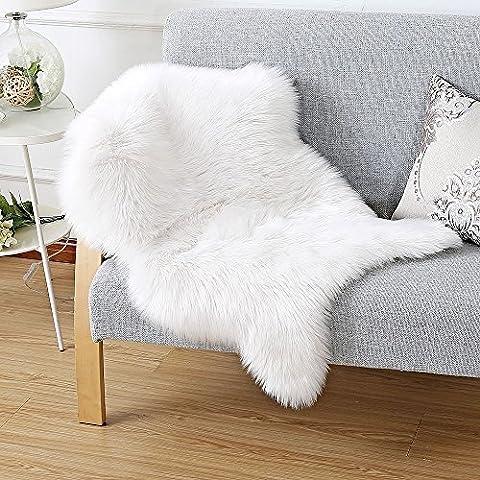 Faux Lammfell Schaffell Teppich 60 x 90 cm Lammfellimitat Teppich Longhair Fell Optik Nachahmung Wolle Bettvorleger Sofa Matte (Weiß)
