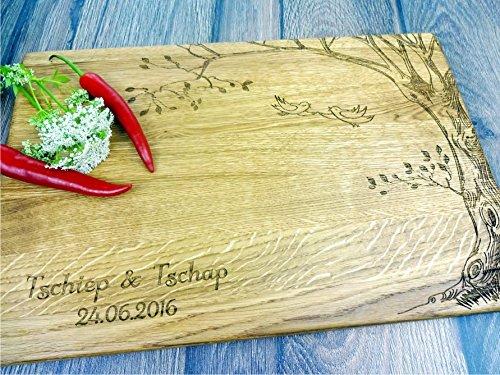 Personalisiertes Schneidebrett Handgefertigt mit Baum und Schmetterlinge. Käse, Brot Schneidebrett, Jede Nachricht, Personalisierbar mit Lasergravur (Käse Baum)