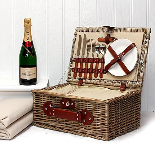 750ml Moet et Chandon Champagne Brut in a Luxury 2 Person Chiller Picnic Hamper ,Cream Fleece Picnic Blanket & Accessories - Gift ideas for Valentines, Mothers Day, Birthday, Anniversary, Wedding, Thank You, Congratulations, Christmas, Business and Corpor