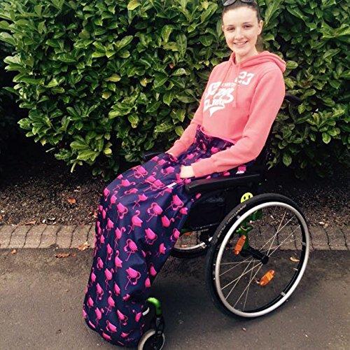 BundleBean - Fußsack für Rollstühle für Erwachsene - Fleece-Futter - wasserdicht - Universalgröße Einfach zu befestigen, mit kompaktem Packbeutel zum Aufbewahren - Dunkelblau mit Flamingos