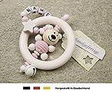 Baby Greifling Rassel Beißring mit Namen | individuelles Holz Lernspielzeug als Geschenk zur Geburt & Taufe | Mädchen Motiv Bär und Stern in weiss