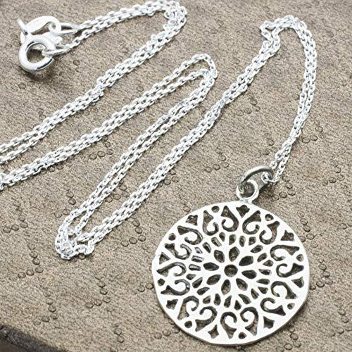 Collar de Plata de 1ªLEY 925. Cadena con chapa corte laser mandala, Símbolo para el budismo y el hinduismo. Macrocosmos y Microcosmos Mandala