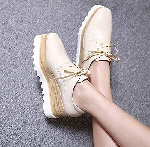 Frau flache Schuhe Muffin mit schweren Boden Schuhen quadratischen Kopf Retro-Schuhe Aufzug Schuhen Frau Herbst apricot