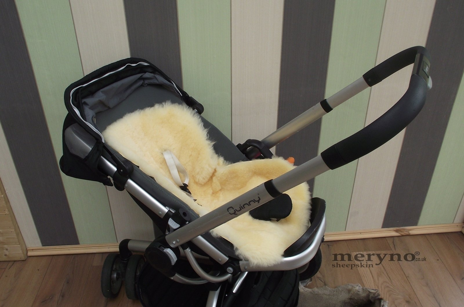 sheepskin pushchair Pram seat baby, 6 colour available (Grey) Meryno Natural Wool are the best insulators Keeps your baby dry and warm 100% Genuine medical sheepskin 3