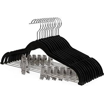 SONGMICS 12 Stück Hosenbügel Kleiderbügel Samt mit Steg und Clips Anzugbügel dünn, Rutschfest, platzsparend um 360 drehbarer Haken für Anzüge Hemden Jacken Mäntel 42,5 cm, Schwarz CRF12B