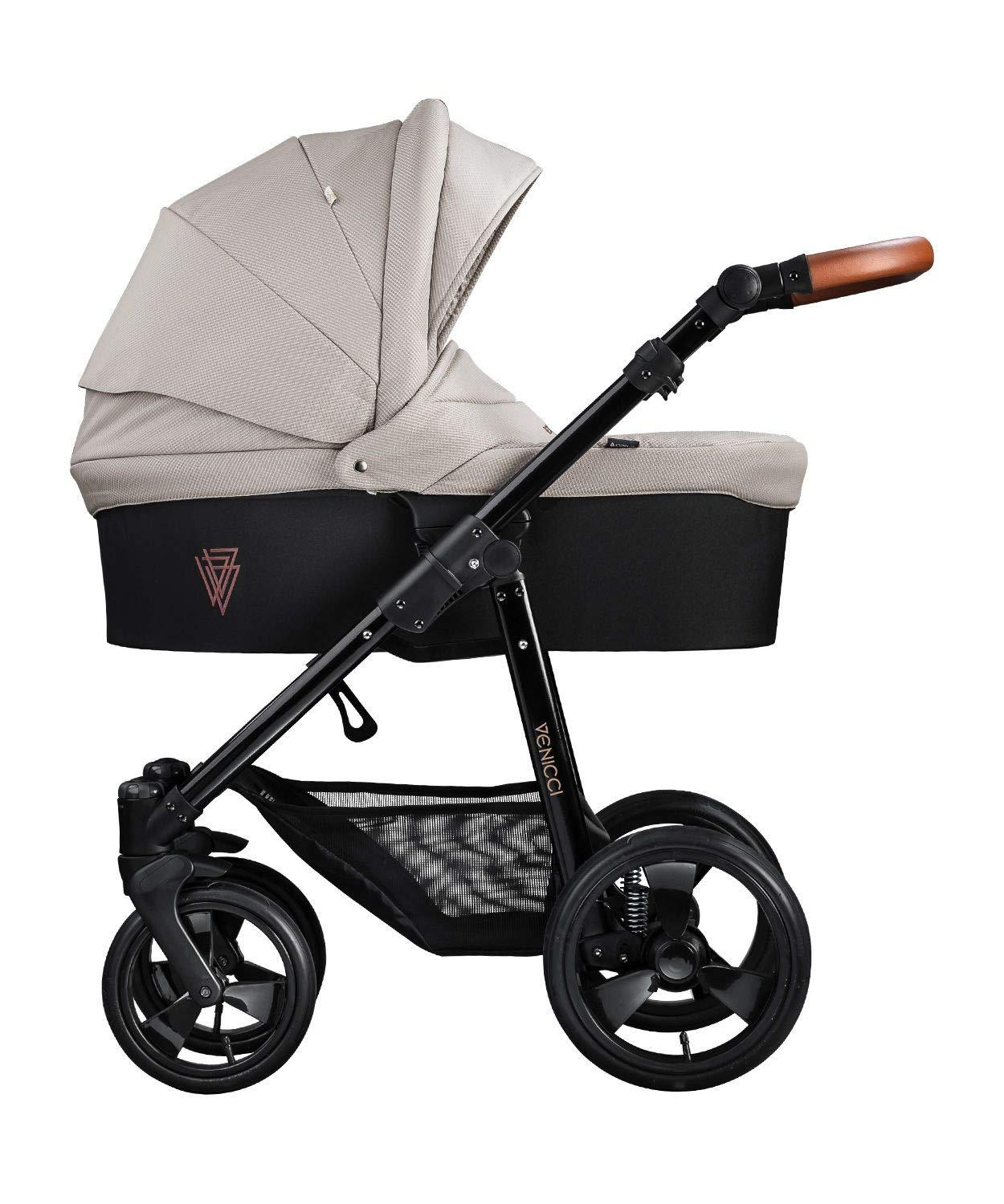 Venicci Gusto 2-in-1 Travel System - Cream - with Carrycot + Changing Bag + Footmuff + Raincover + Mosquito Net + 5-Point Harness and UV 50+ Fabric + Cup Holder  2-in-1 Pram and Pushchair with custom travel options Suitable for your baby from birth until approximately 36 months 5-point harness to enhance the safety of your child 2