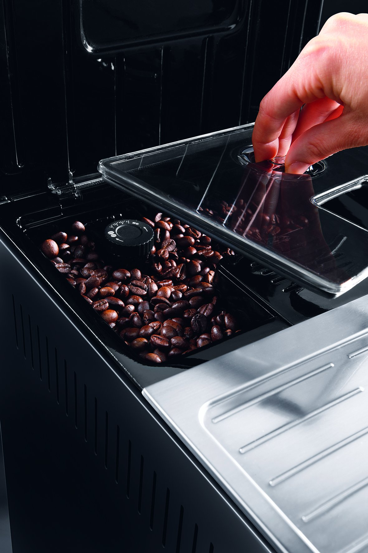 DeLonghi-PrimaDonna-S-ECAM-28466MB-Kaffeevollautomat-Digitaldisplay-integriertes-Milchsystem-Lieblingsgetrnke-auf-Knopfdruck-Edelstahlfront-2-Tassen-Funktion-Edelstahlfront-silber