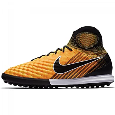 finest selection d660f 32ee2 Nike Magistax Proximo Ii Tf, Scarpe da Calcio Uomo: Amazon.it: Scarpe e  borse