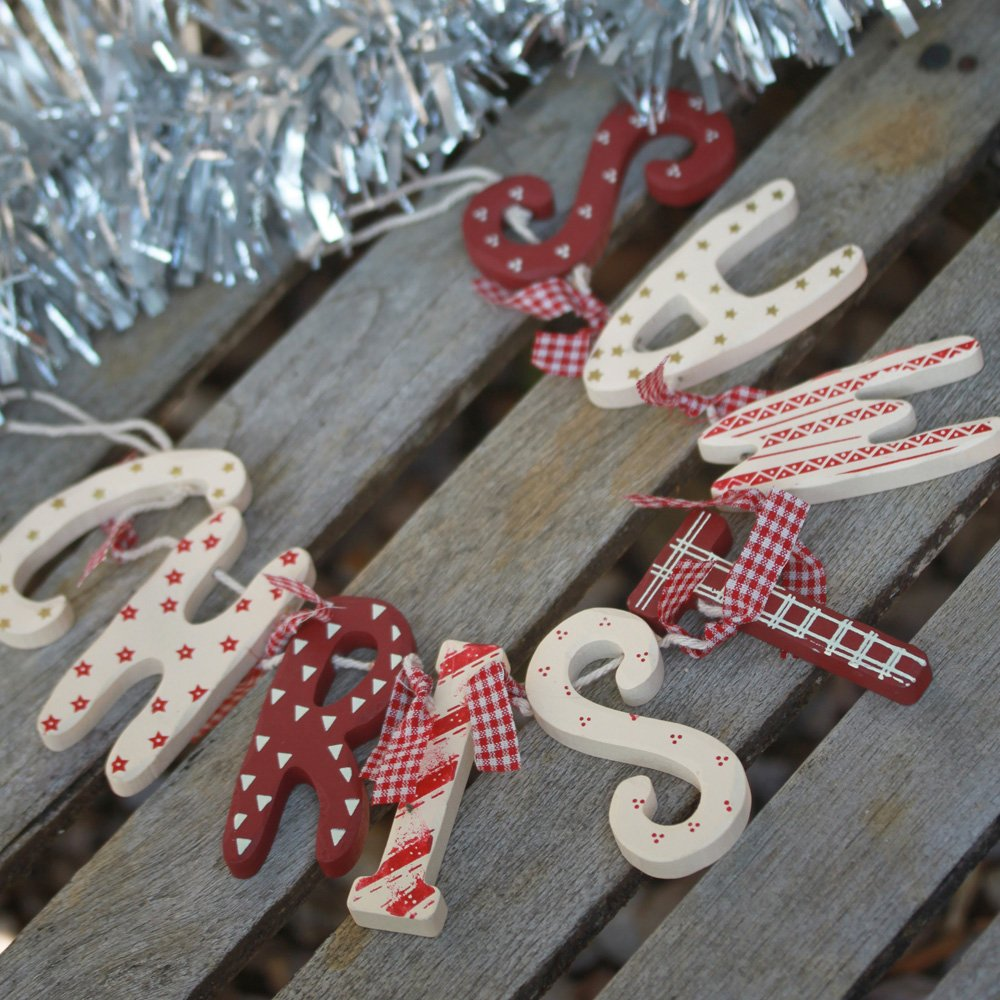 chic shabby christmas wooden garland red white vintage country