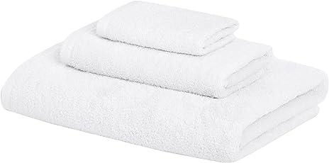 AmazonBasics Quick Dry 3 Piece 500 GSM Cotton Towel Set