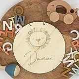 16 cm Ø Namensschild Türschild Holzschild mit Motiv Löwe | Personalisiert mit Name | Tiermotiv Tier aus Holz | Geschenkidee z