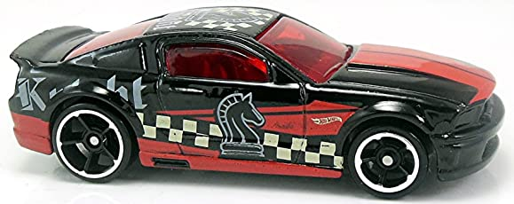 Tiny Toes Hot wheels 07 Ford Mustang Checkmate (Black and Red)
