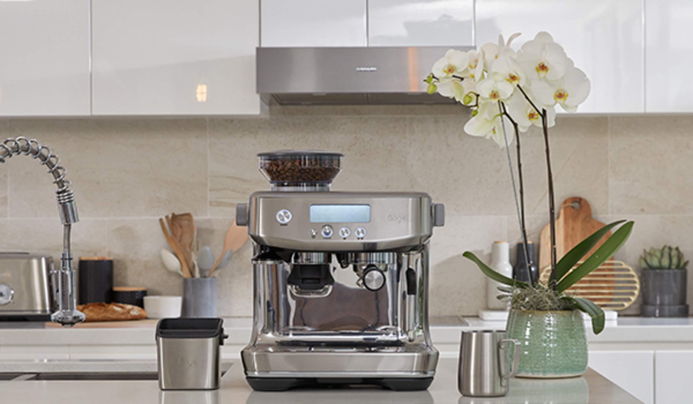 Sage SES875BKS The Barista Express Machine, Black Sesame & BES100GBUK the Knock Box Mini Coffee Grind Bin, Silver