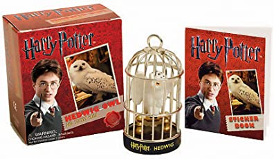 Harry Potter Hedwig Owl Kit and Sticker Book (Miniature Editions)