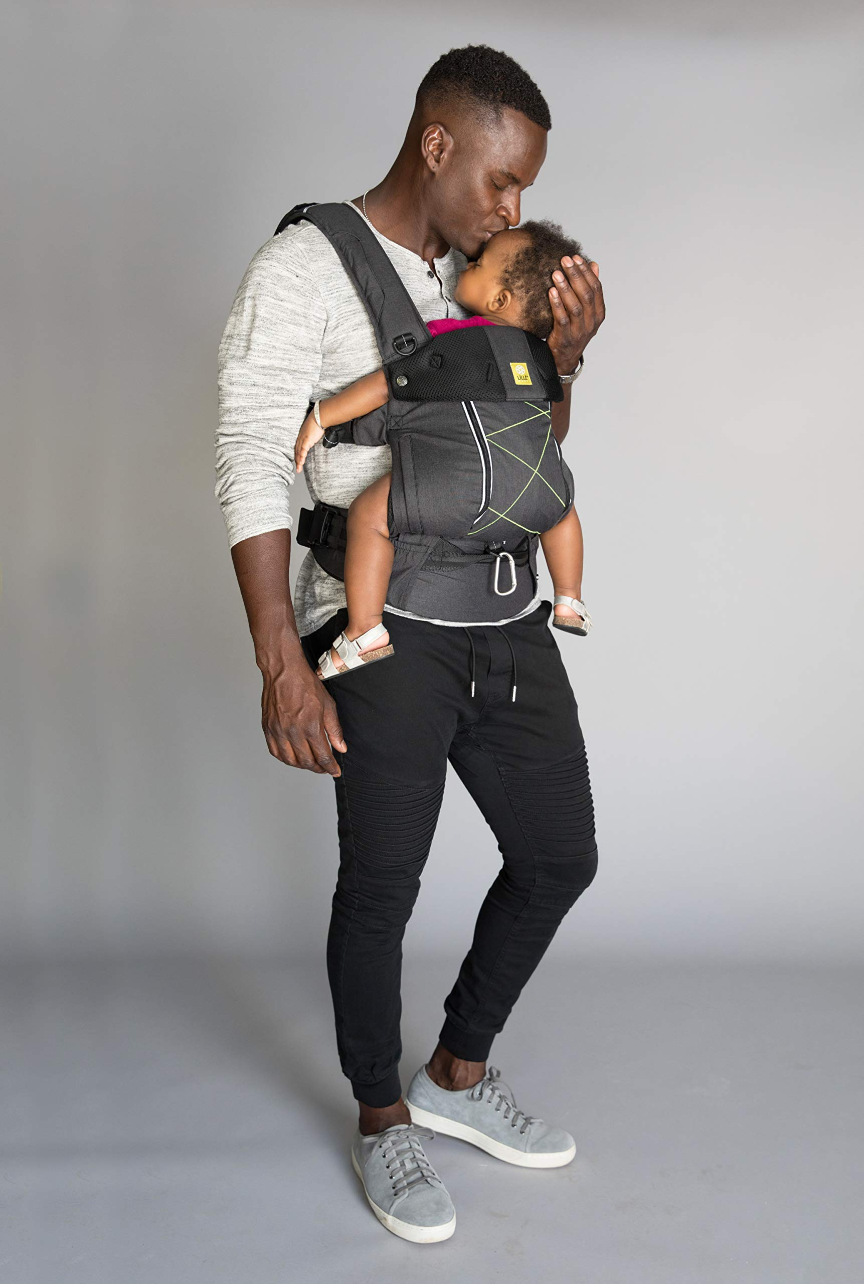 LÍLLÉbaby  Complete Pursuit All Seasons 6-in-1 Baby Carrier, Graphite Lillebaby Designed specifically for parents on the go, our pusuit series combines the comfort and functionality of our 6 in 1 design with adventure-ready features to help you show your little one the world Suitable from 3.2- 20kg extended comfortable use for parent and child with no additional infant support required for new-borns Unique líllébaby lumbar support for the wearer, with wide padded waist belt and shoulder straps 4