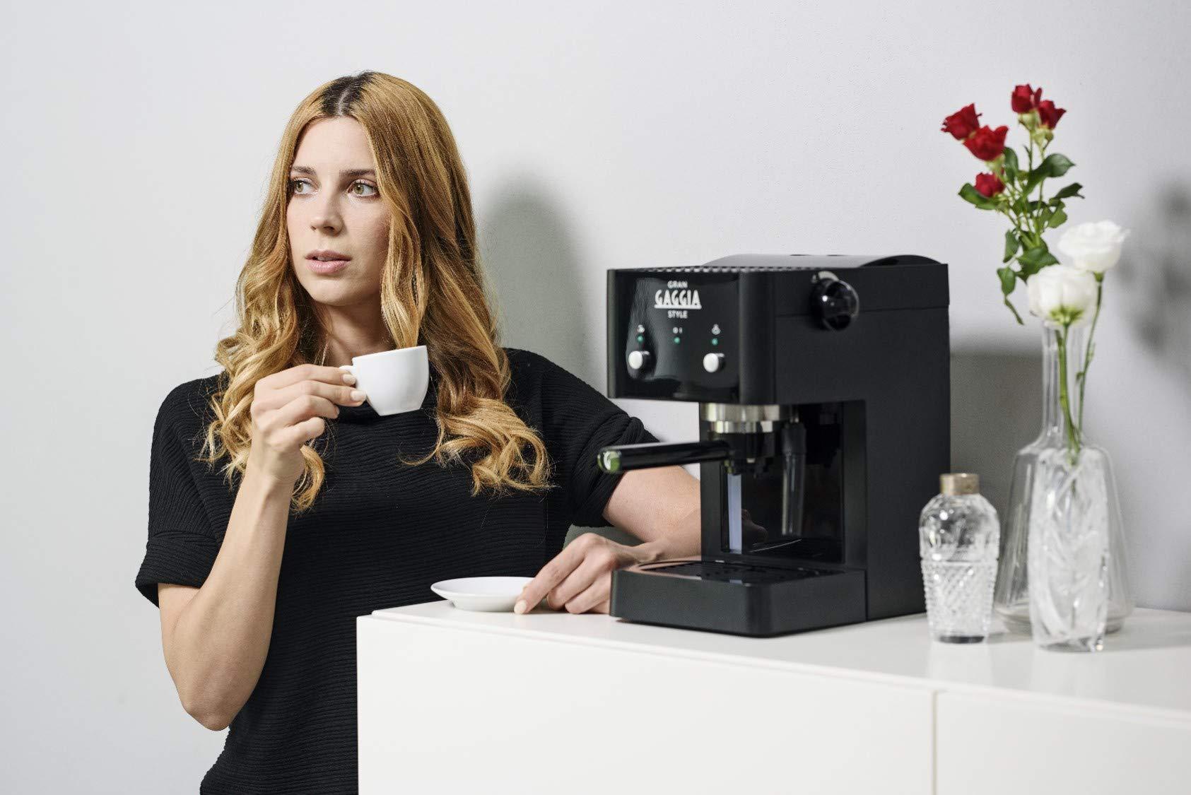 Gaggia GranGaggia Style Black Macchina Manuale per il Caffè Espresso, per Macinato e Cialde, 15 bar, Colore Nero, RI8423… 5 spesavip