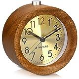 Navaris Analog Holz Wecker mit Snooze - Retro Uhr Rund mit Ziffernblatt in Gold Alarm Licht - Leise Tischuhr ohne Ticken - Naturholz in Dunkelbraun