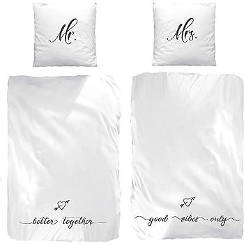 partner bettw sche set mr mrs better together 4 teilig in wei 2 x kissenbezug 80x80. Black Bedroom Furniture Sets. Home Design Ideas
