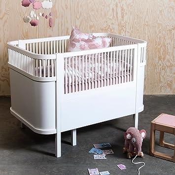 Kinderbett mitwachsend  Sebra Designer Babybett in zeitlosem Weiß, aus stabilem Birkenholz ...