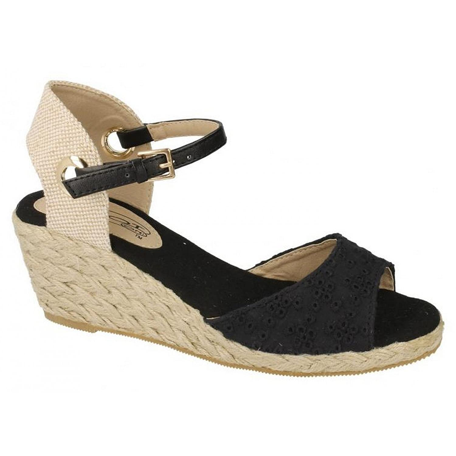3e3279a20e9e Spot On Womens Ladies Low Wedge Platform Sandals With Bucke Ankle Strap   Amazon.co.uk  Shoes   Bags