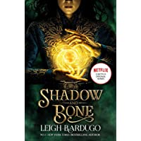 Shadow and Bone: A Netflix Original Series: Book 1