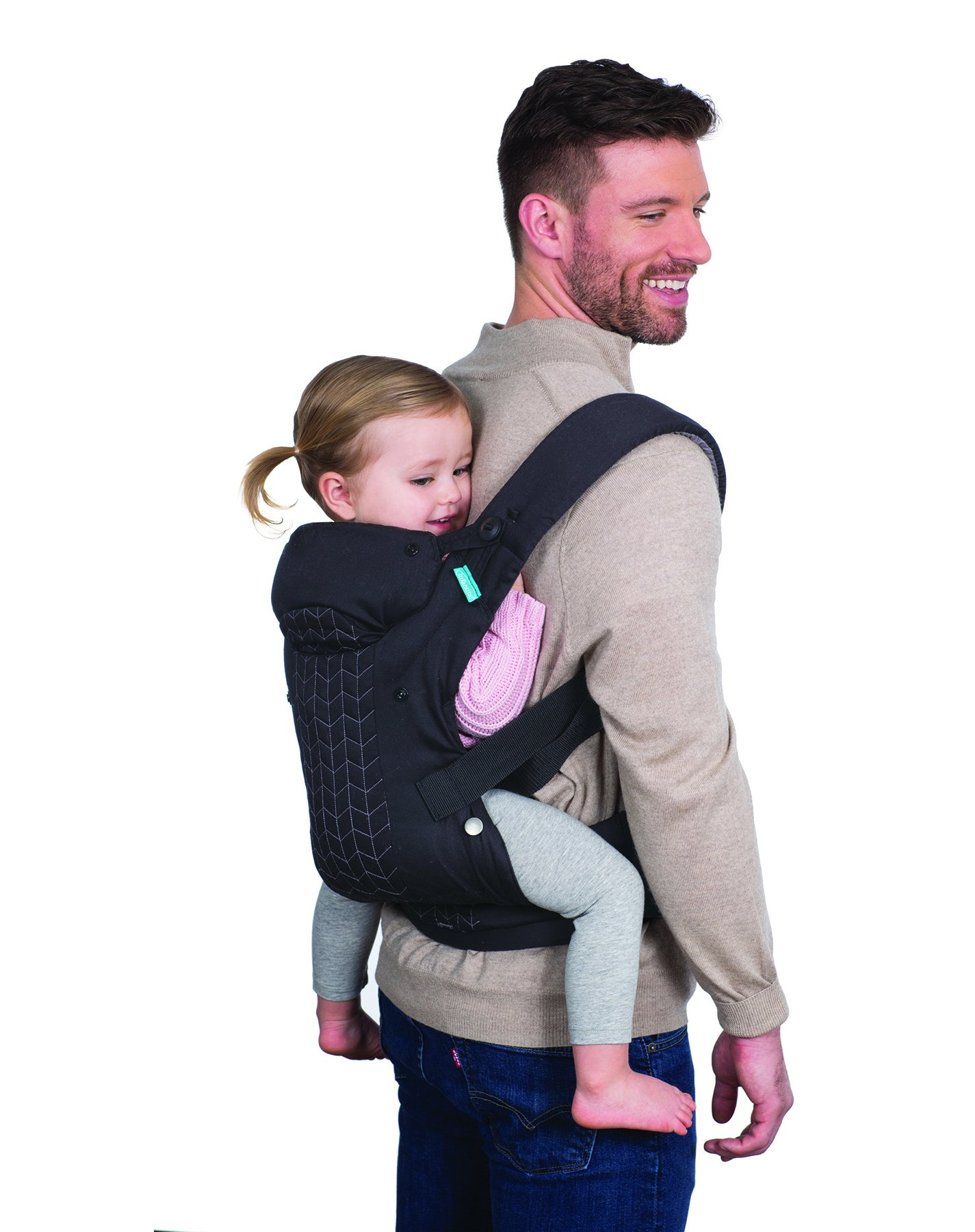 Infantino Upscale Carrier, Black, One Size Infantino Fully safety tested 4 way carrier Facing in newborn & m position 7